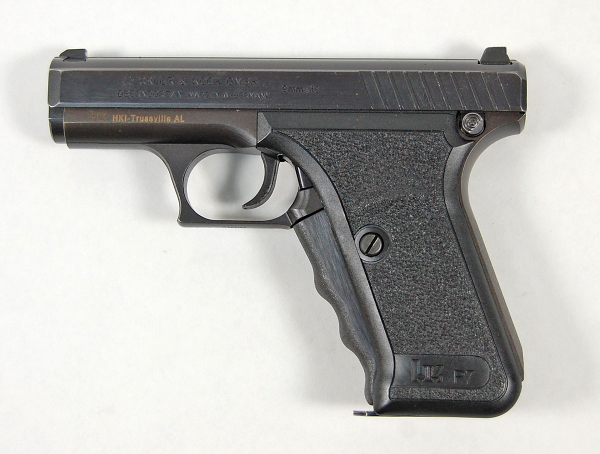 WTB: P7 any variant, 8/82 stamped, if possible-0479-2.jpg