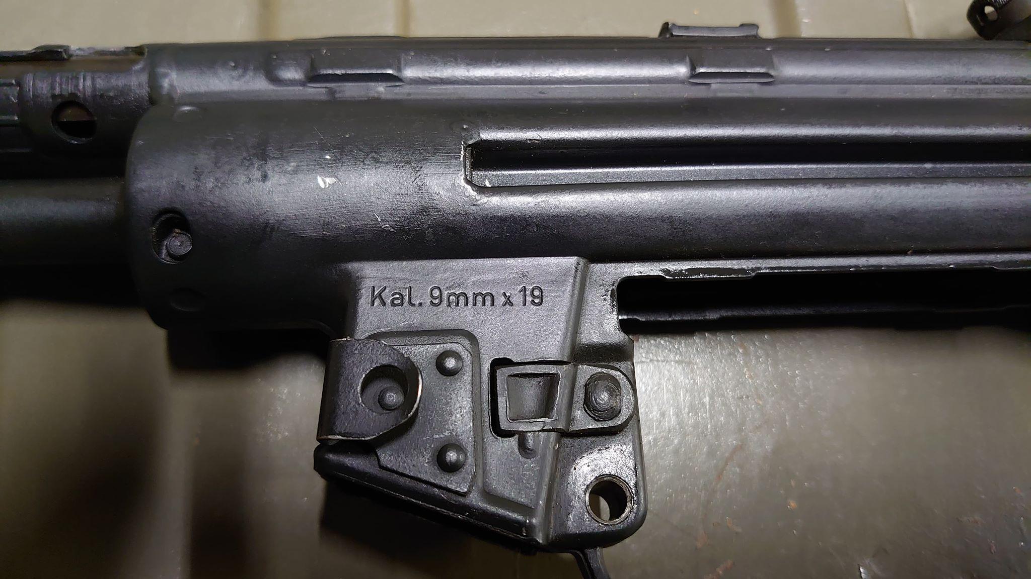 Strange MP5 Clone-05.jpg