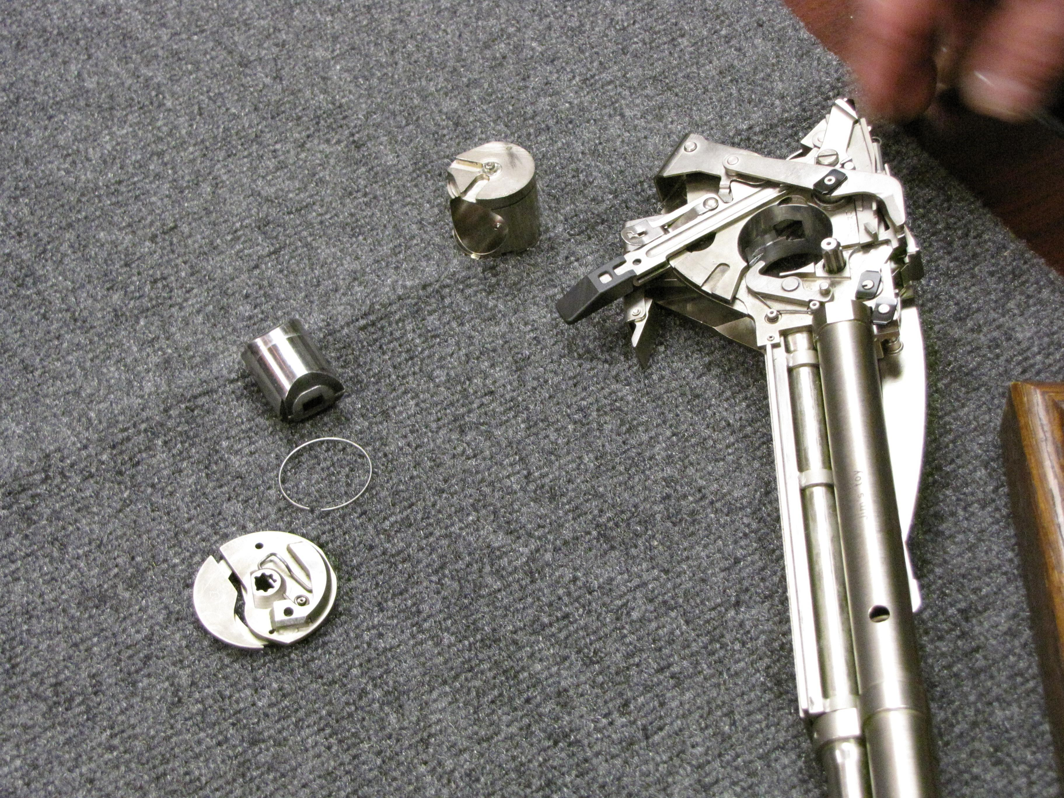 HK G11 Disassembly & How It Works, by The Armourer's Bench-091.jpg