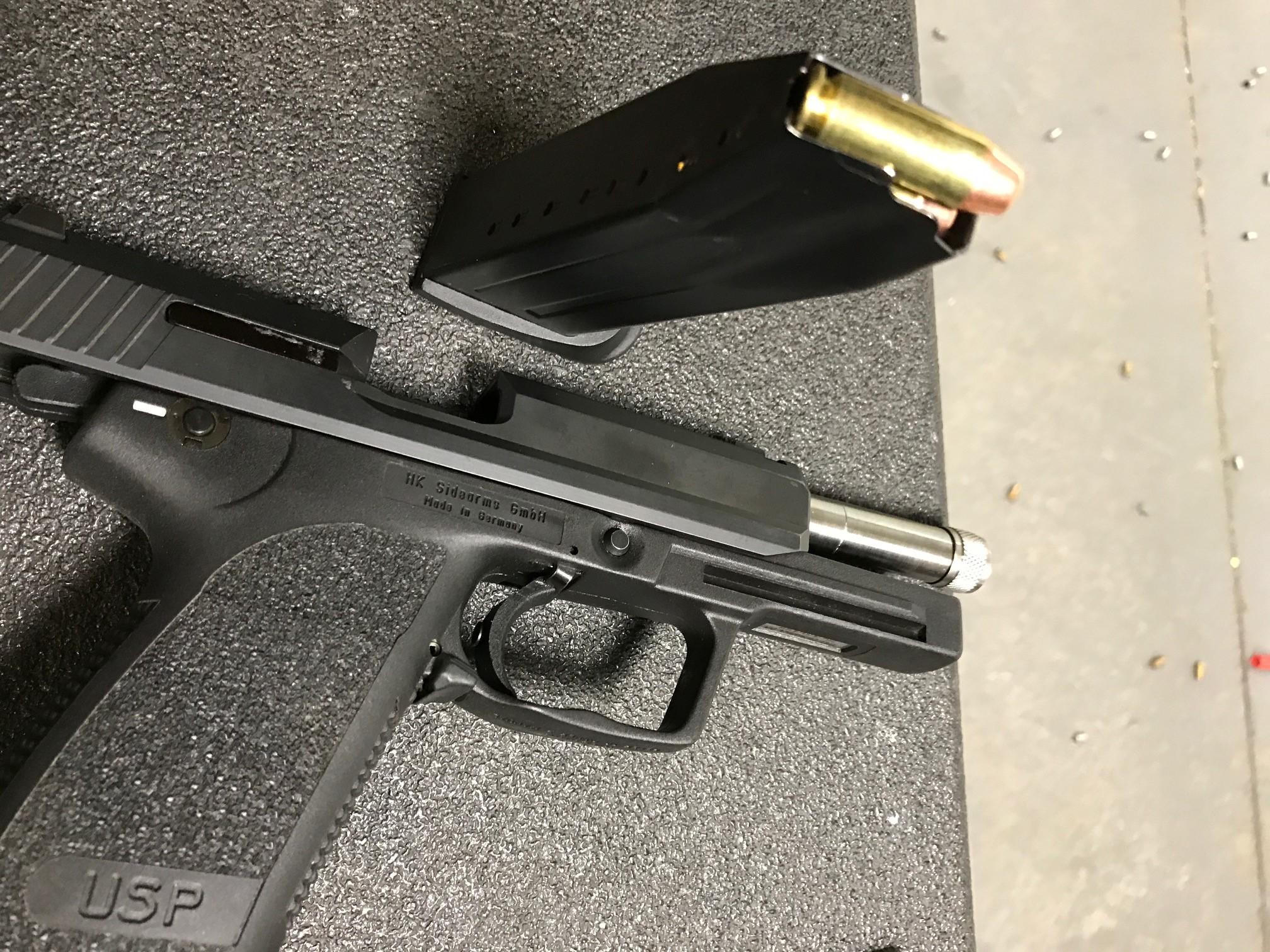 10mm USP tactical underway-10mm.jpg
