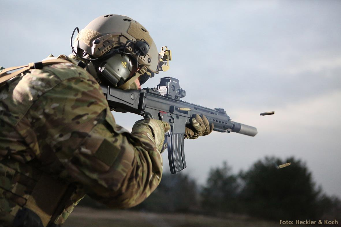 HK433 - The new assault rifle from HK-16463650_1799150207012556_631220750630535735_o.jpg