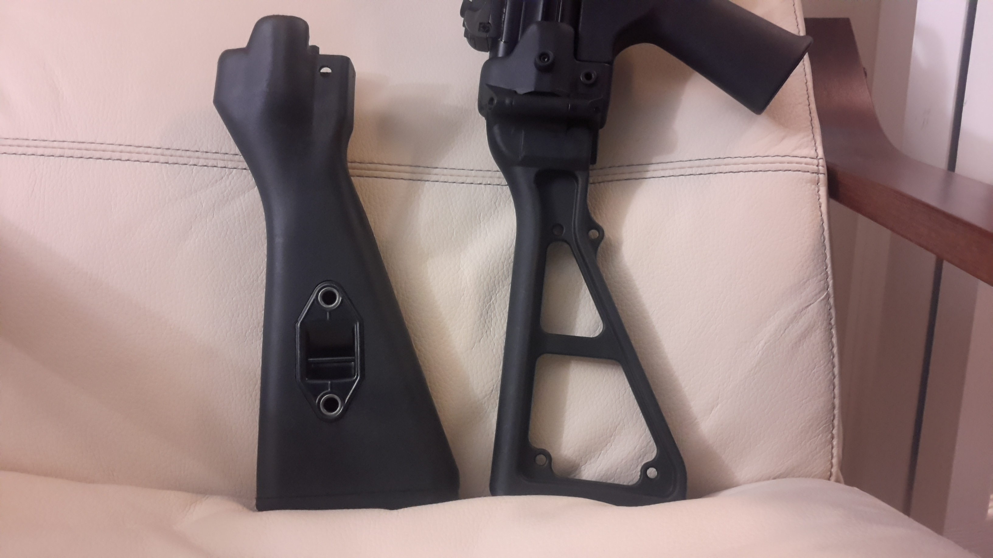HK 91/G3 CLIPPED & PINNED S.E.F. METAL LOWER and a B & T mp5 folding stock. Like new-20171003_231644.jpg