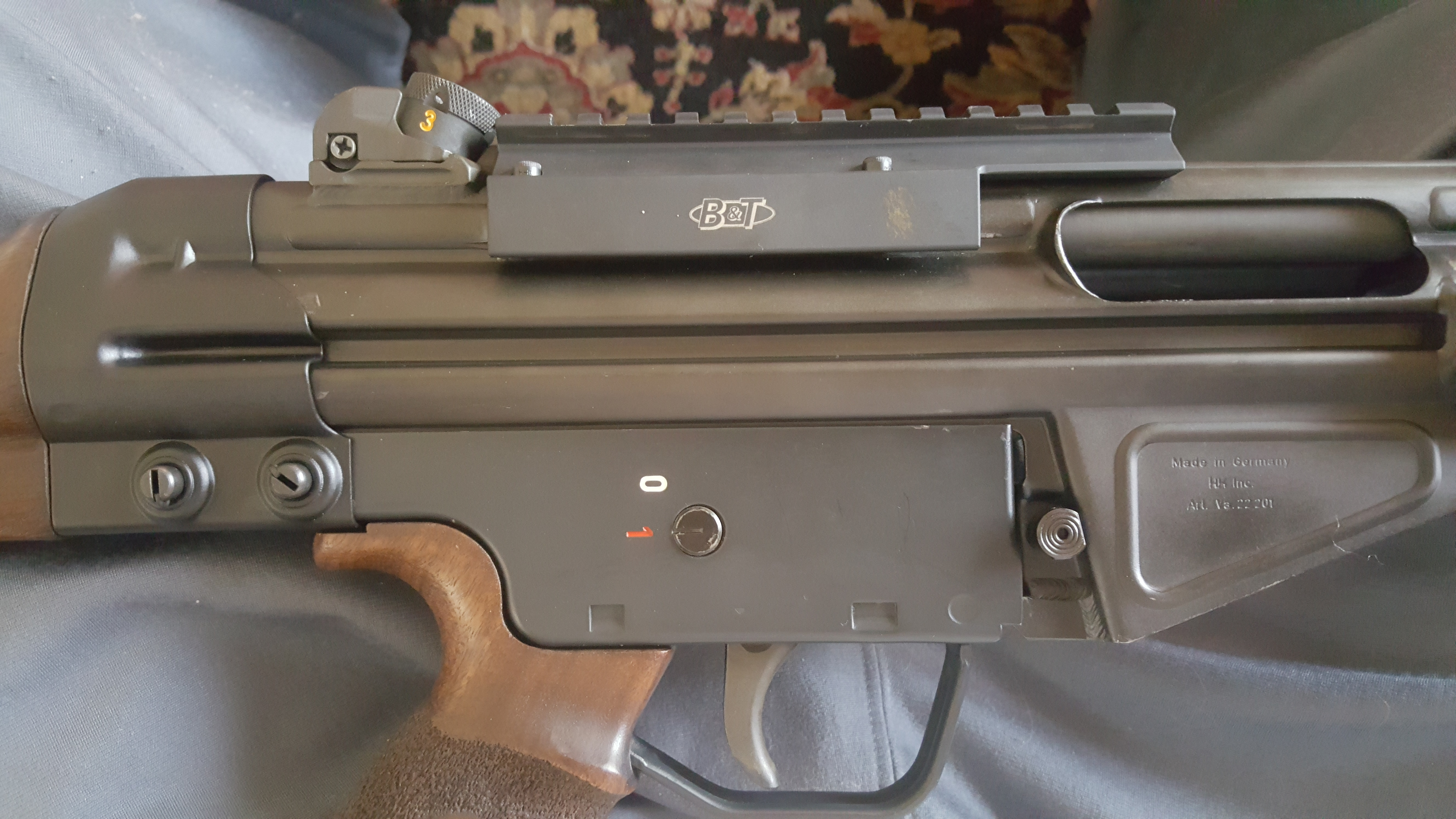 B&T top rail mount - unmarked, authentic?-20190522_101134.jpg