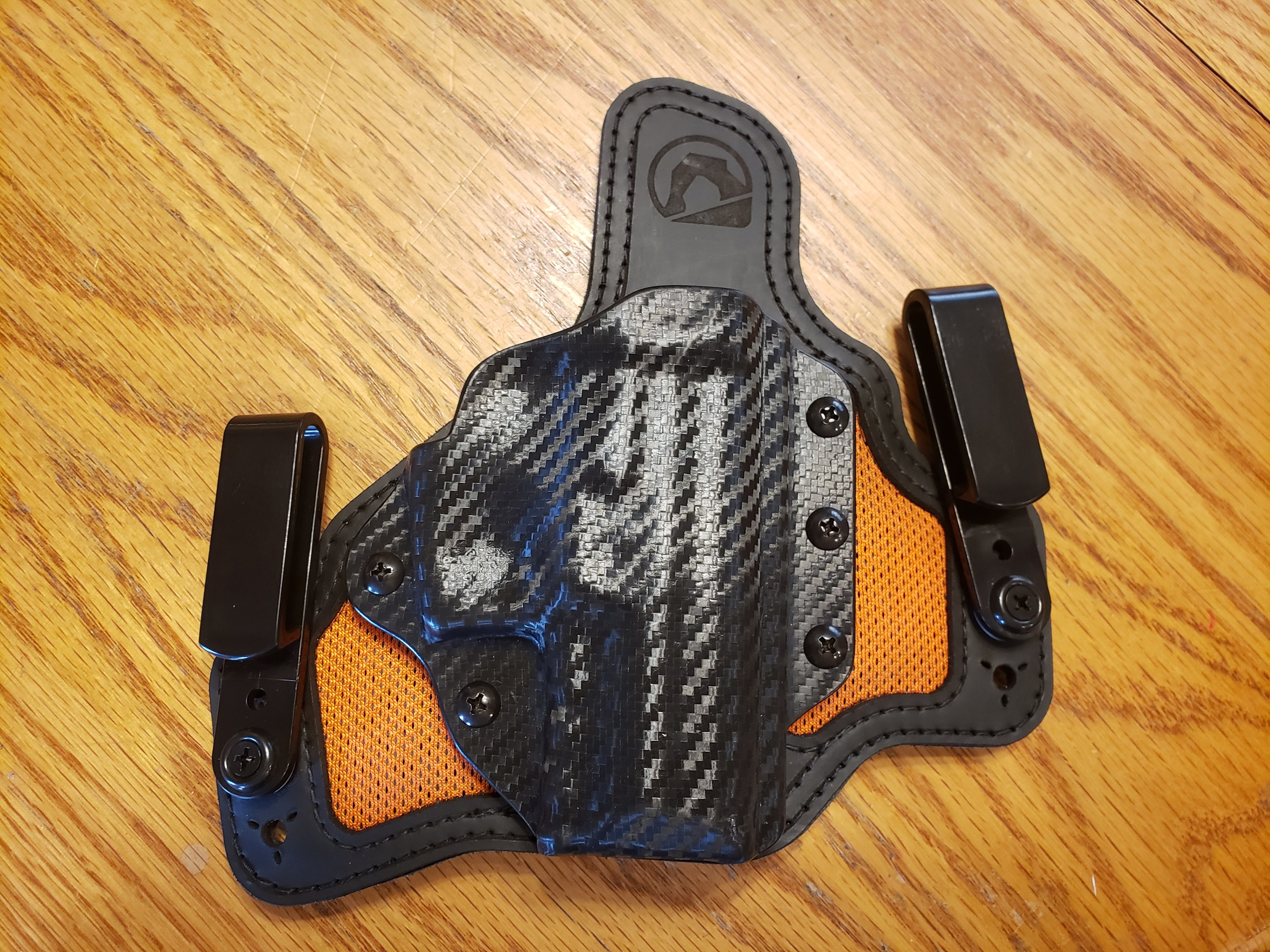 WTS-WTT:  VP9SK Black Arch IWB Holster RH.  As new!-20191228_153132.jpg