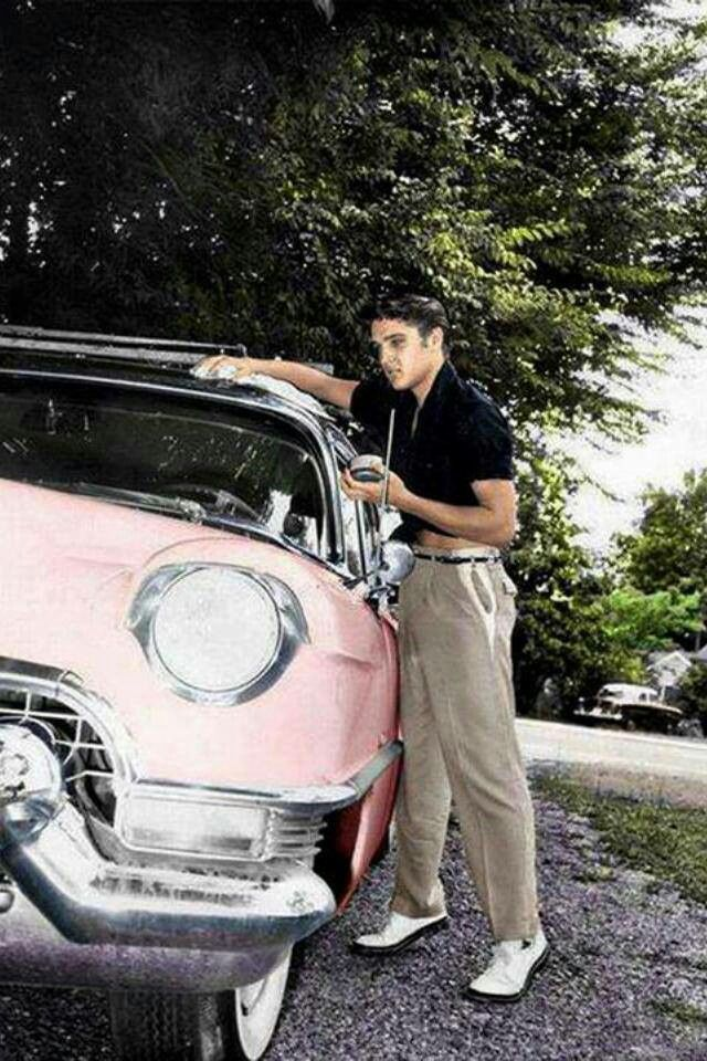 Elvis spotted working in car wash in Kalamazoo!-25373ed7-c98c-41b6-b40c-54a50ee0266c.jpeg