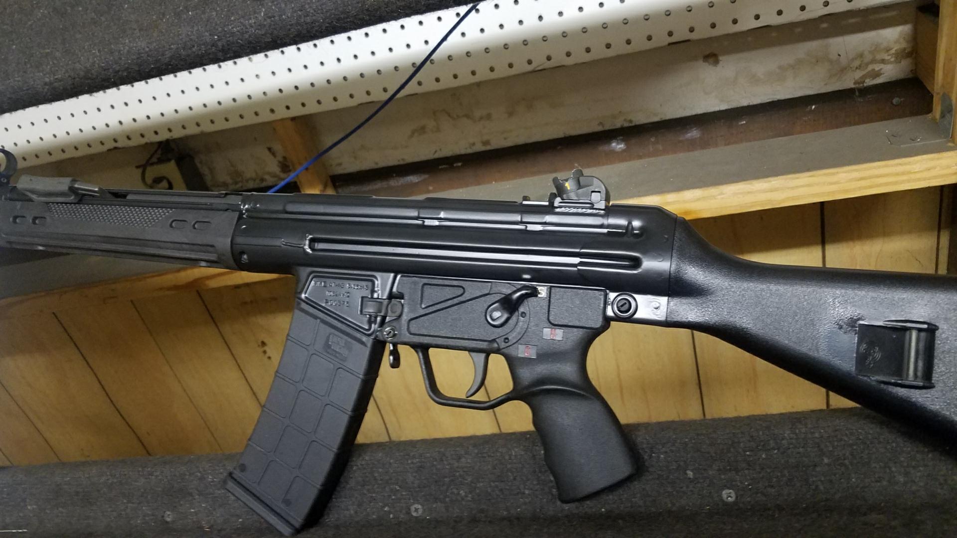 WTS: MKE43 carbine-7928713d-40cb-4d03-8c73-9172972d0dcd.jpeg