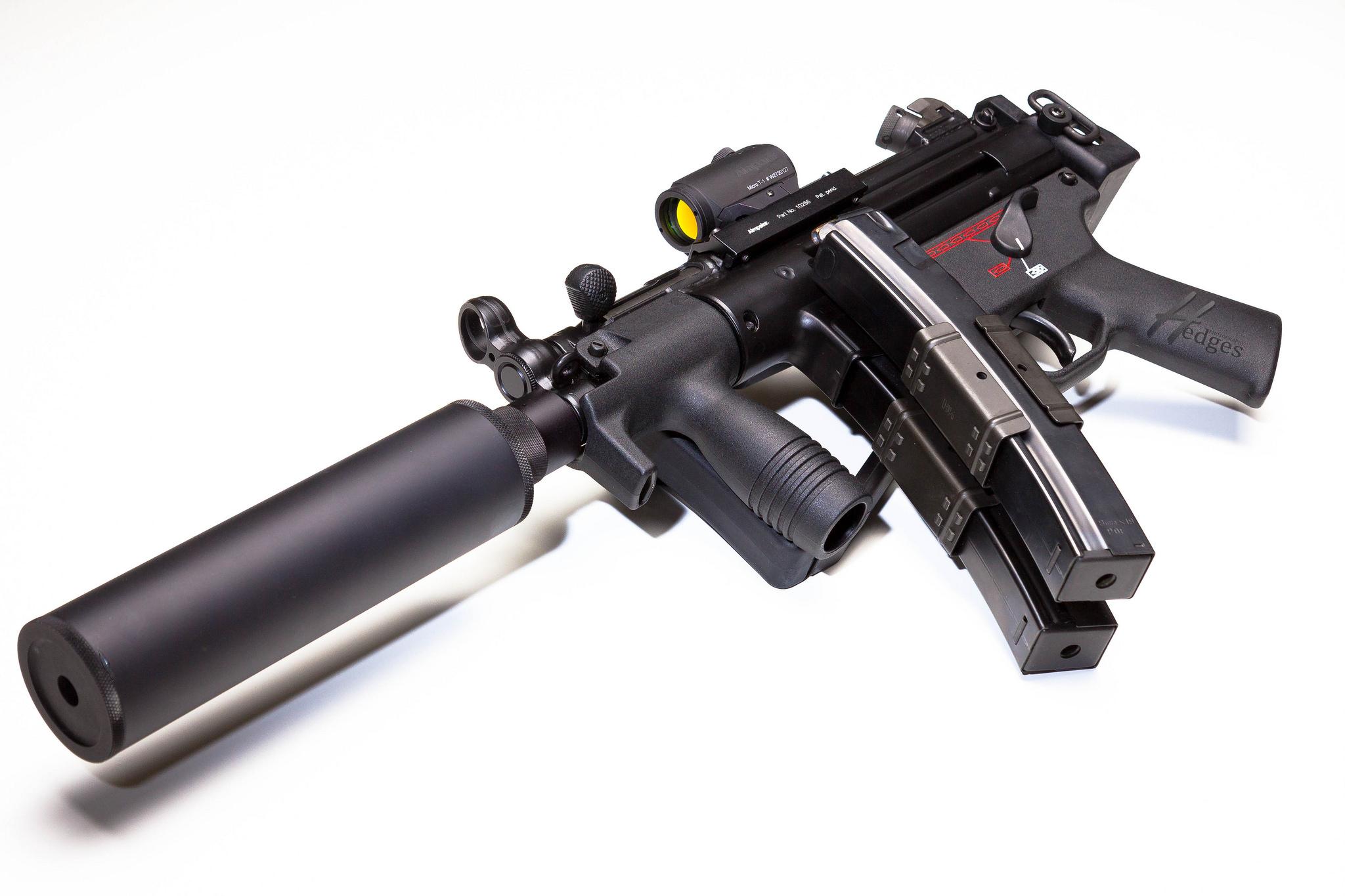 MP5k with Gemtech Mk9K-8480423331_8902cdfad6_k.jpg