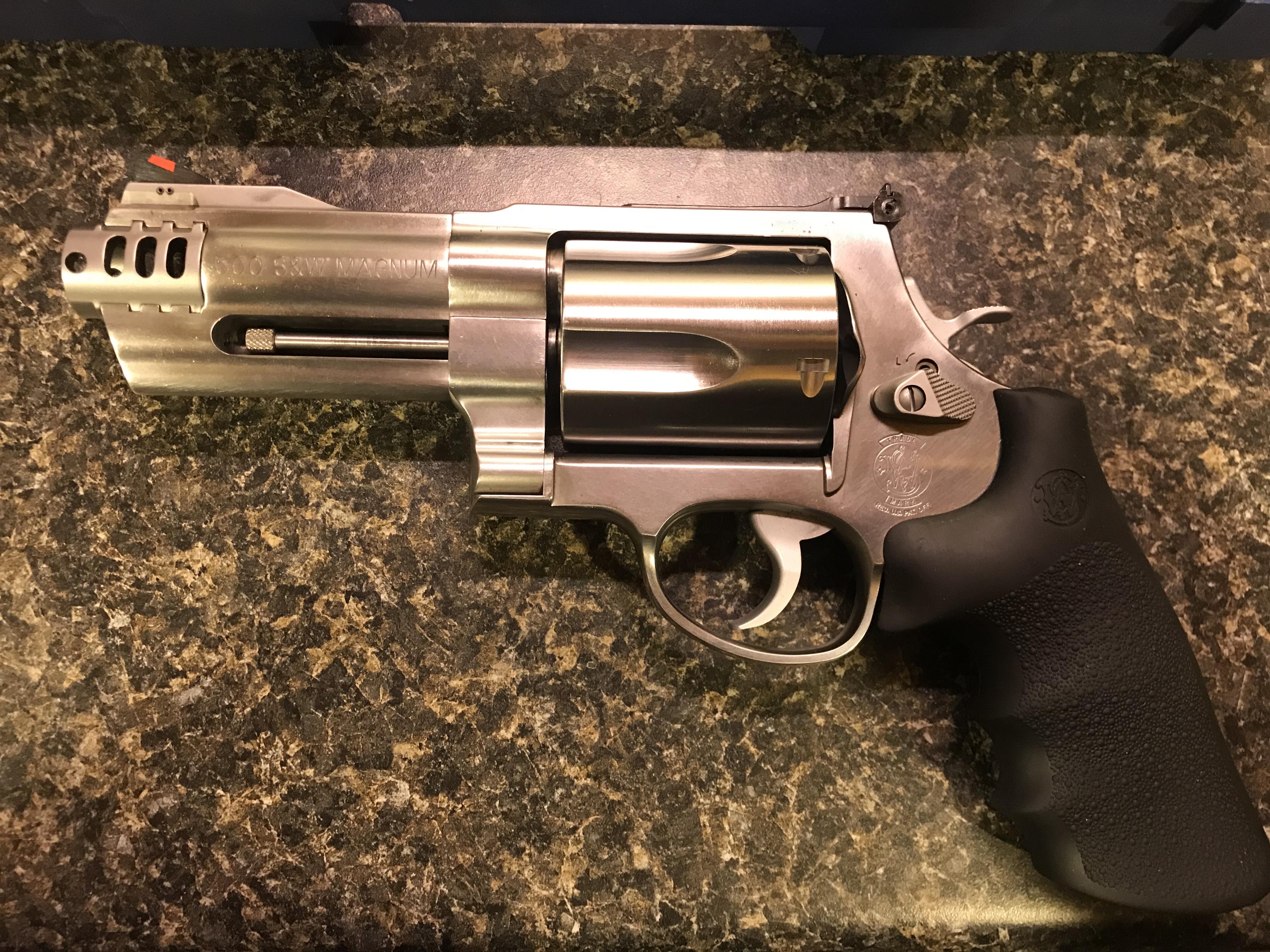 WTS:  S&W 500 Stainless Revolver-b84e1d38-9b10-427c-b2ed-beaca7a30517.jpeg