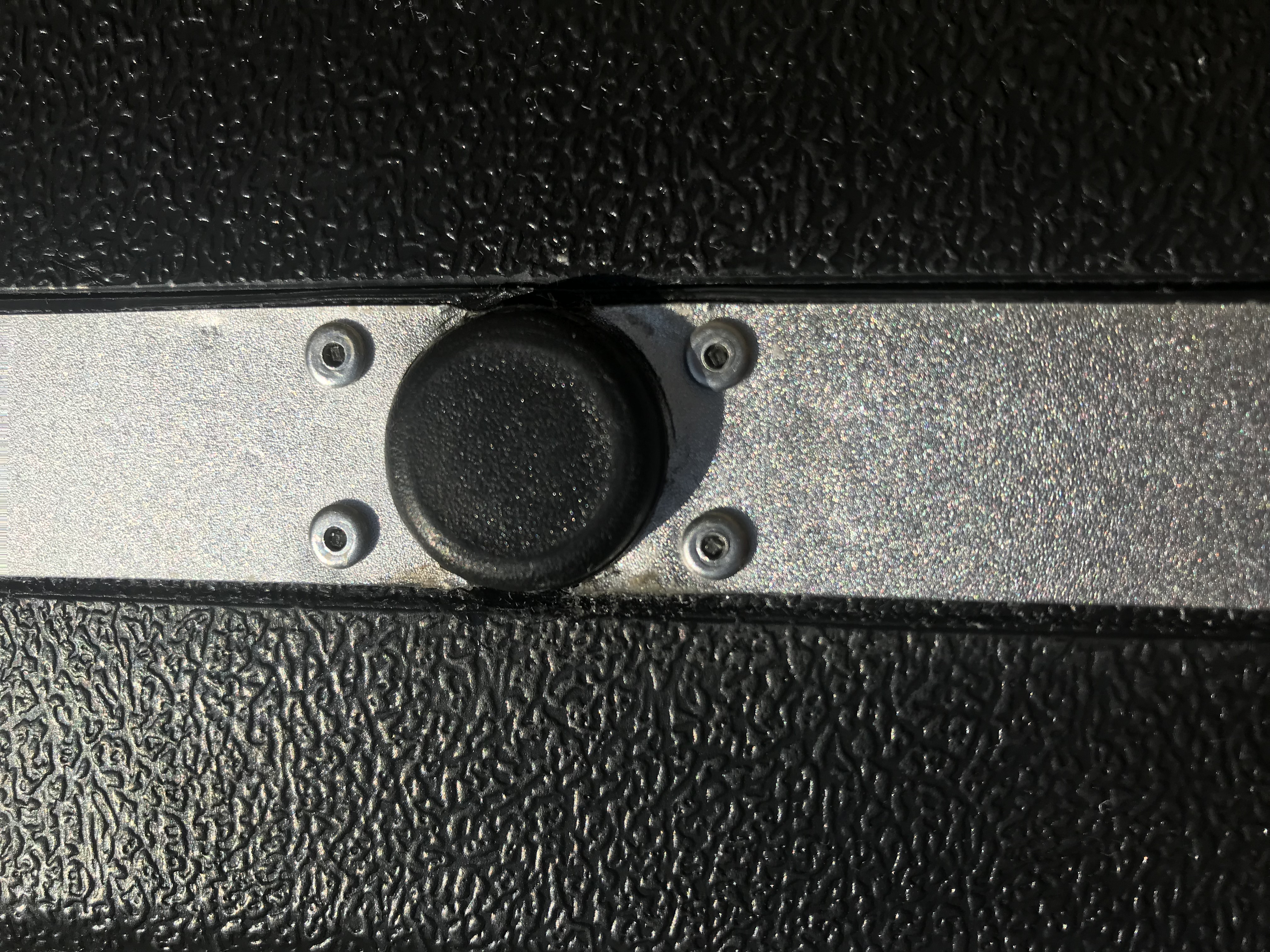 WTS: HK Operational Briefcase -Reduced-barrel-button.jpg