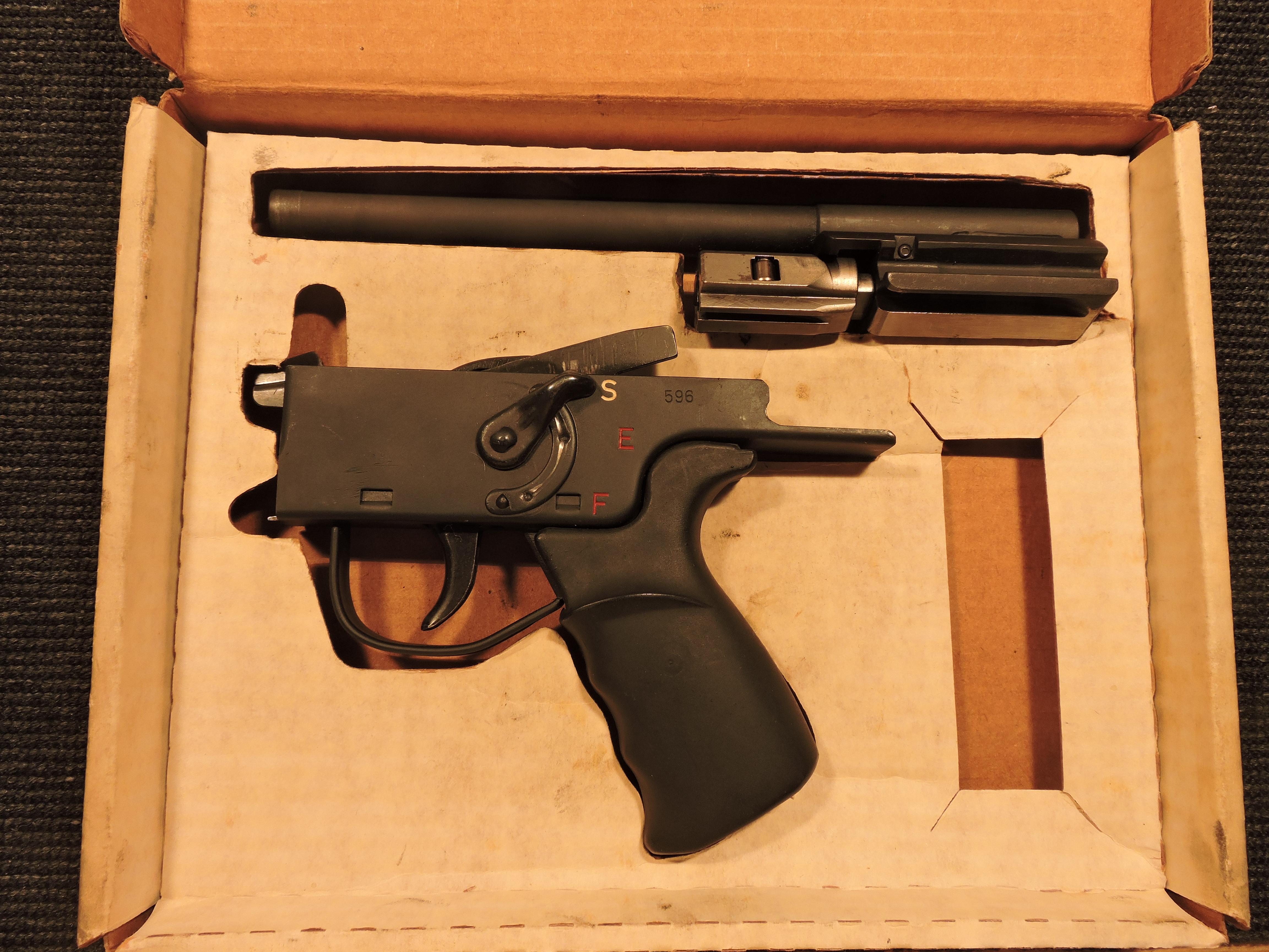 HK G-3 parts kit, in original box-dscn0088.jpg