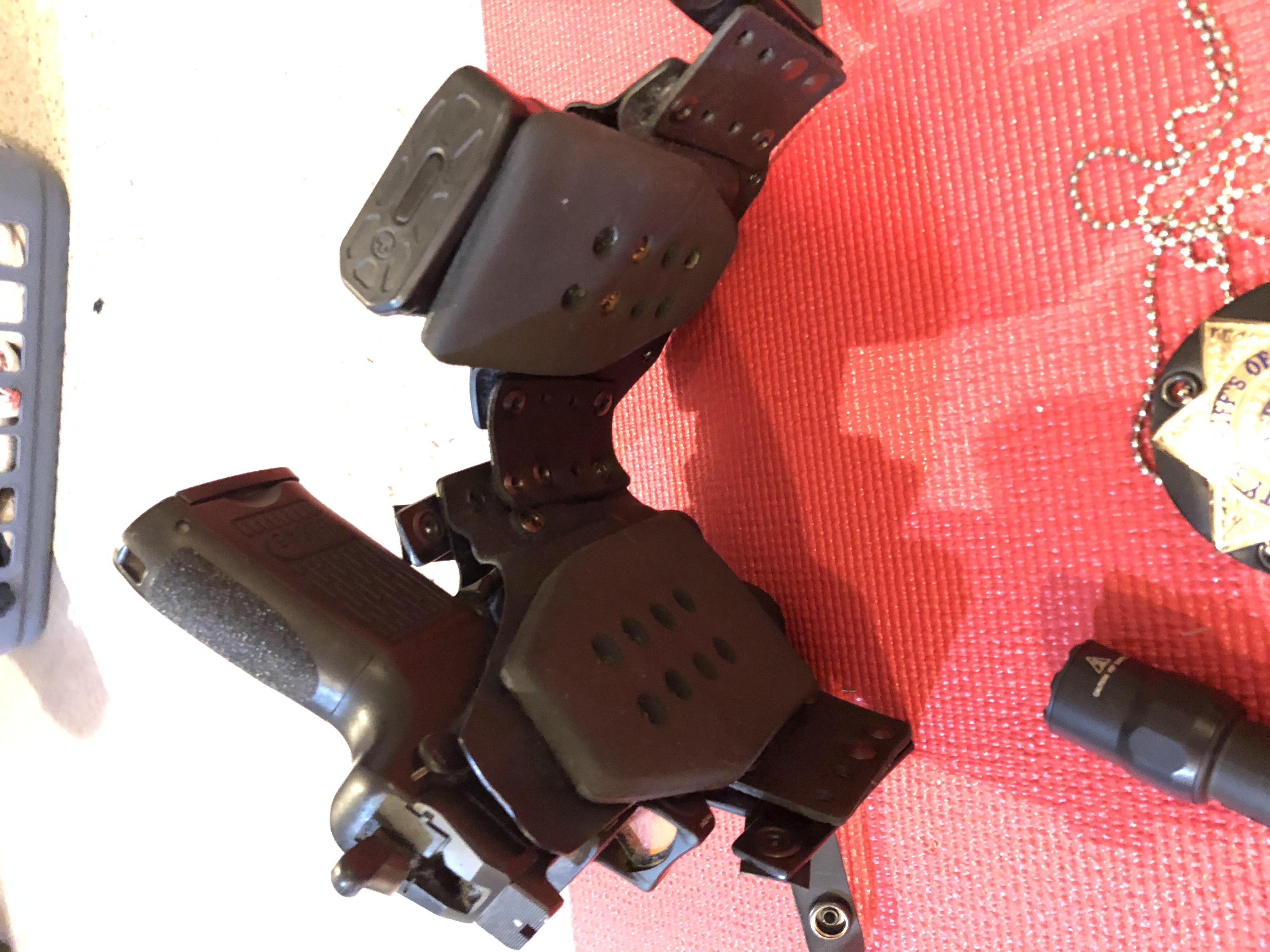 HK45C, APO/Red Dot (RMR20), TLR7, and Kaluban Cloak holster. UPDATE-e5210565-a91d-4de7-af20-98212039d4fe.jpeg