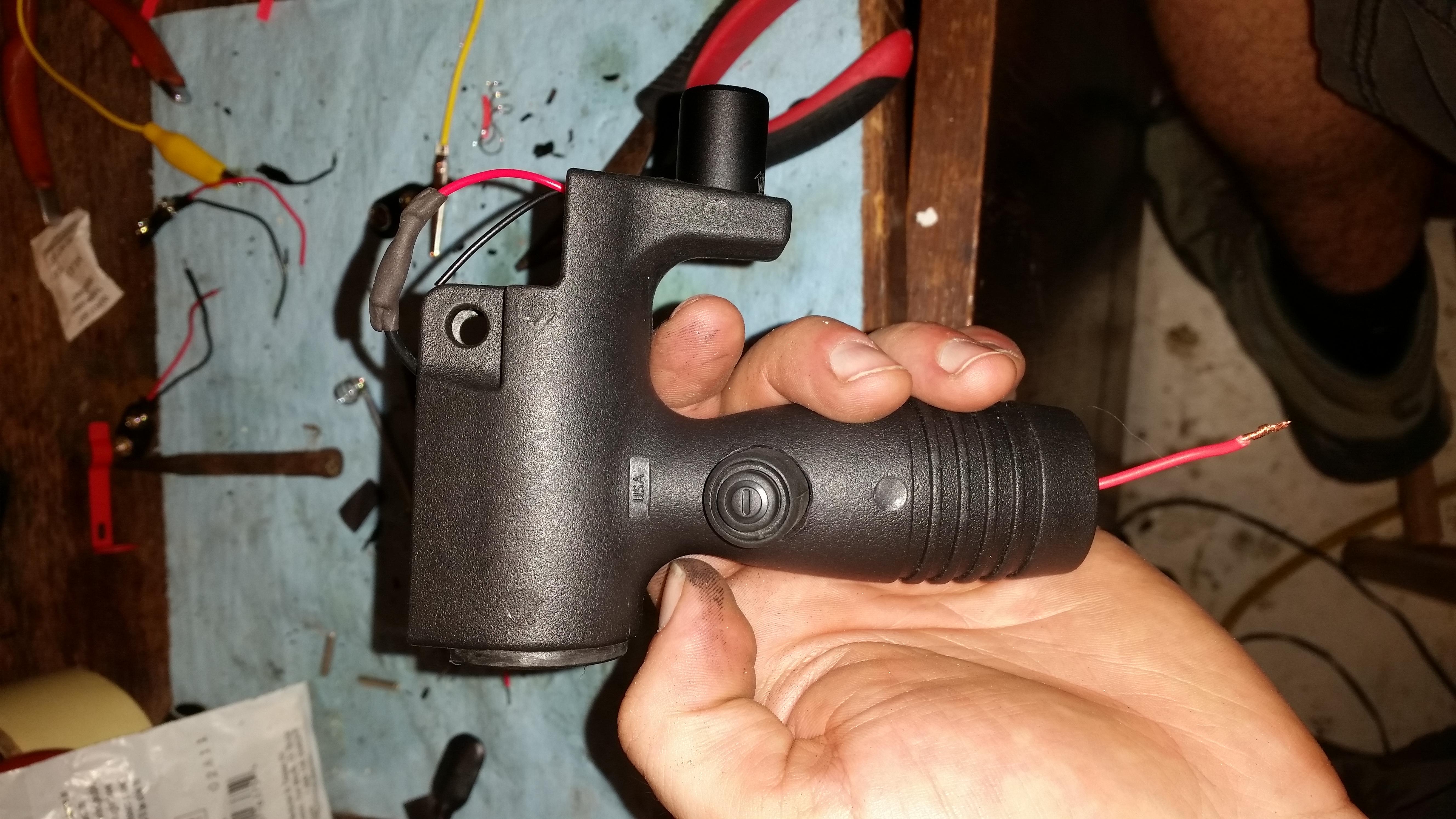 DIY MP5K grip light - -grip4.jpg