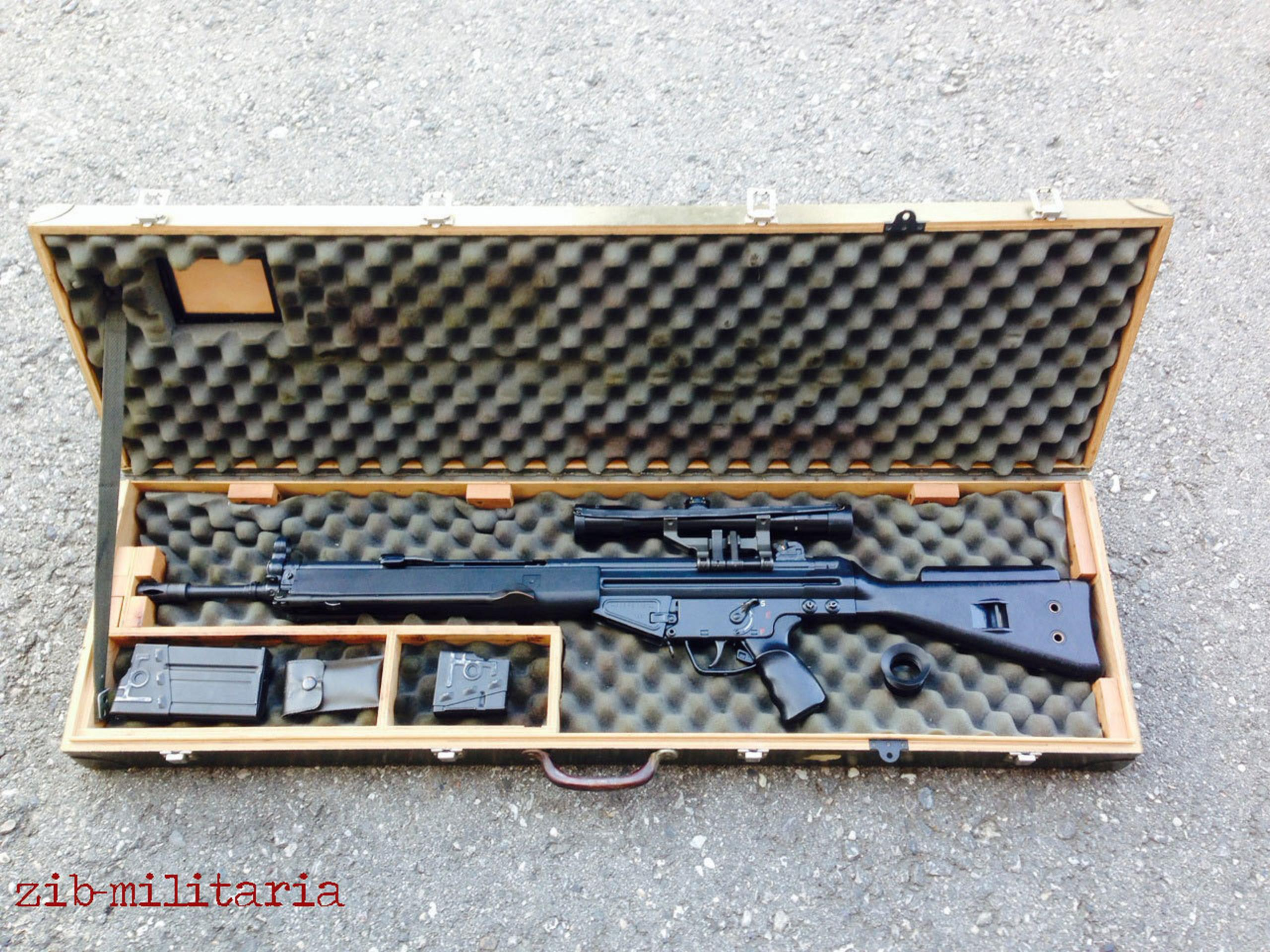 Is this a factory shipping case?-hk_g3_sg1_g3sg1_sturmgewehr-1.jpg