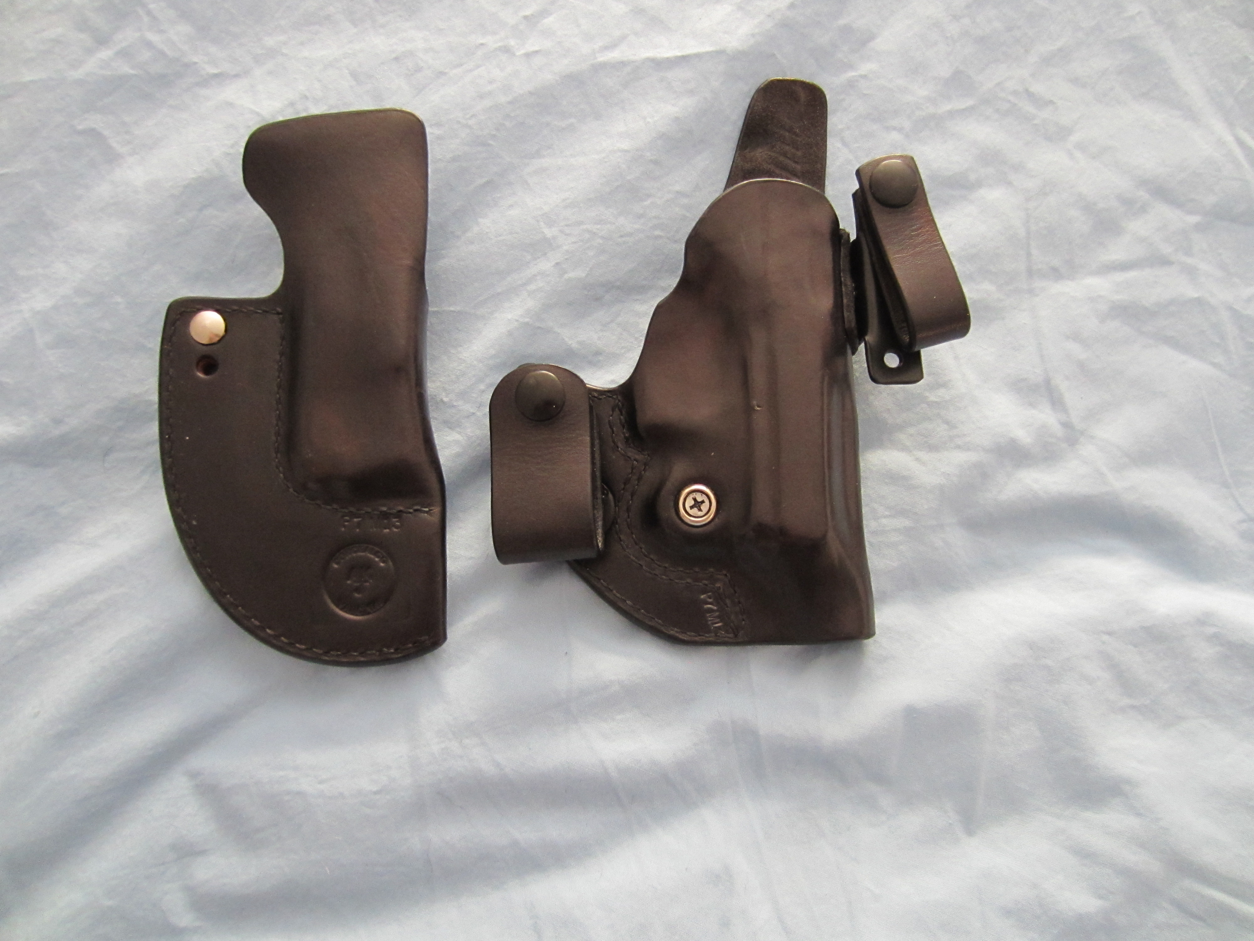 WTS AJK Concealco P7 M13 IWB holster (black leather) and mag