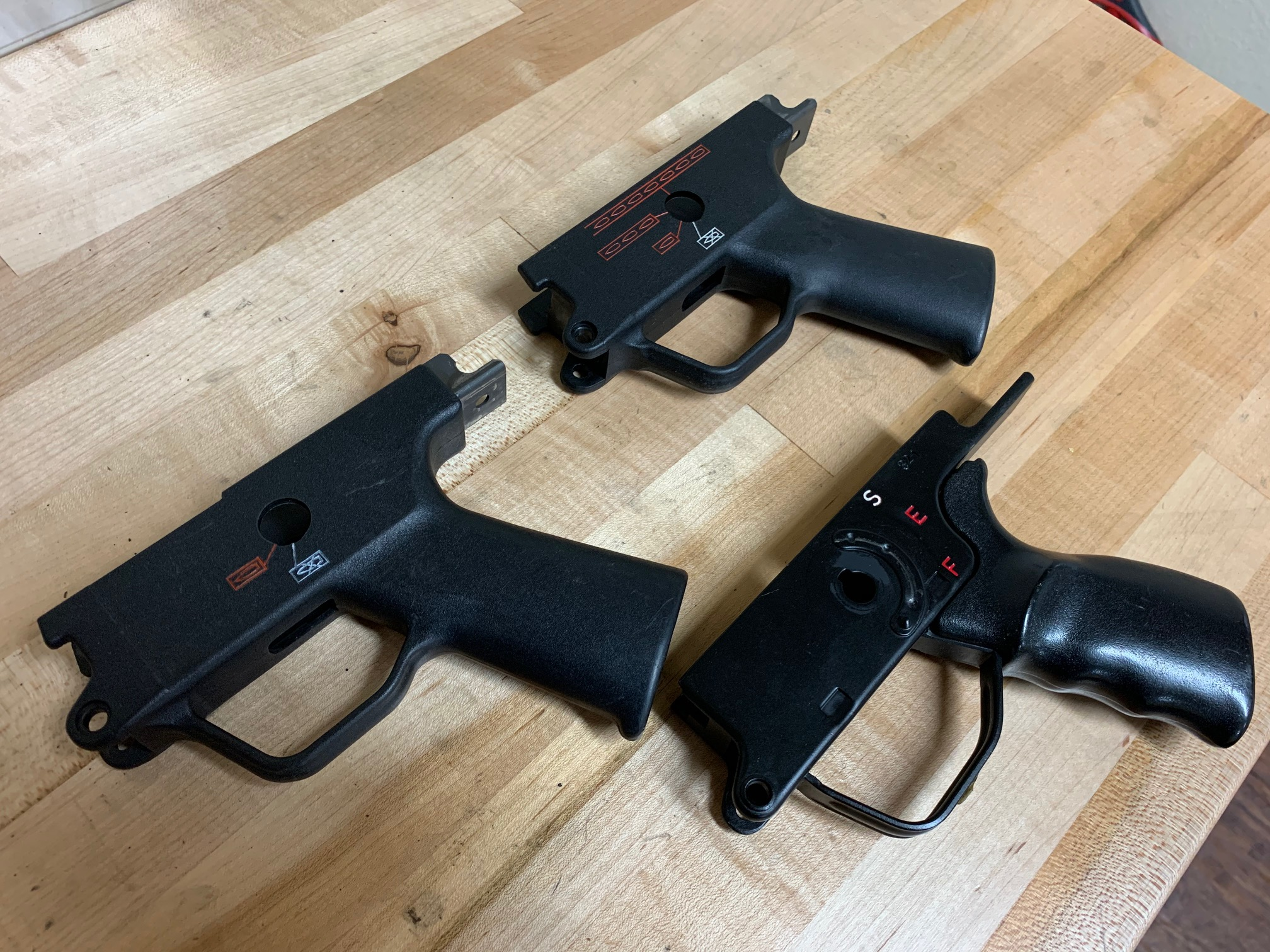 WTS: G36 magazines, MP5 carriers, trigger housings, stocks, pins, parts-img_0395.jpg