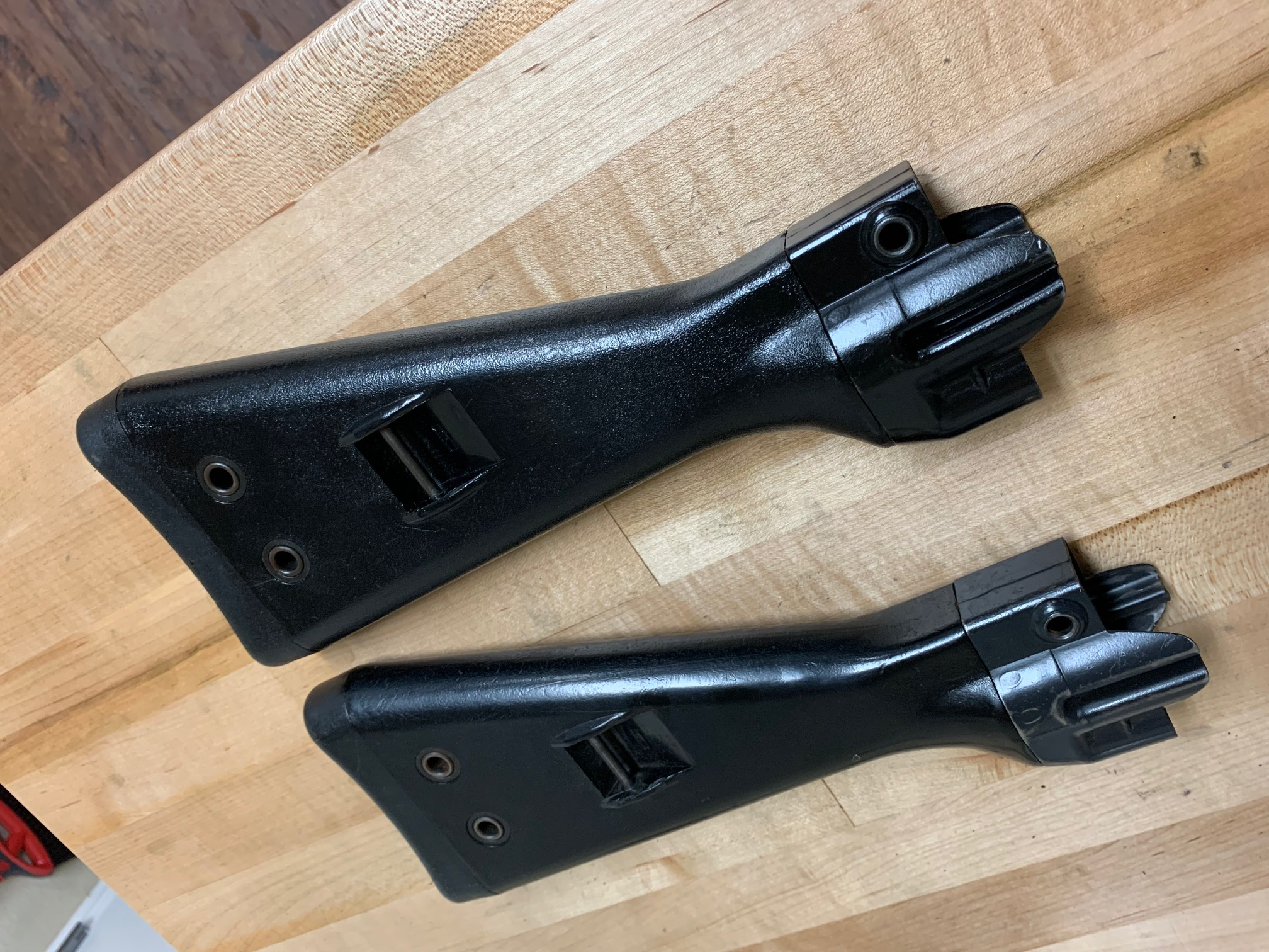 WTS: G36 magazines, MP5 carriers, trigger housings, stocks, pins, parts-img_0404.jpg