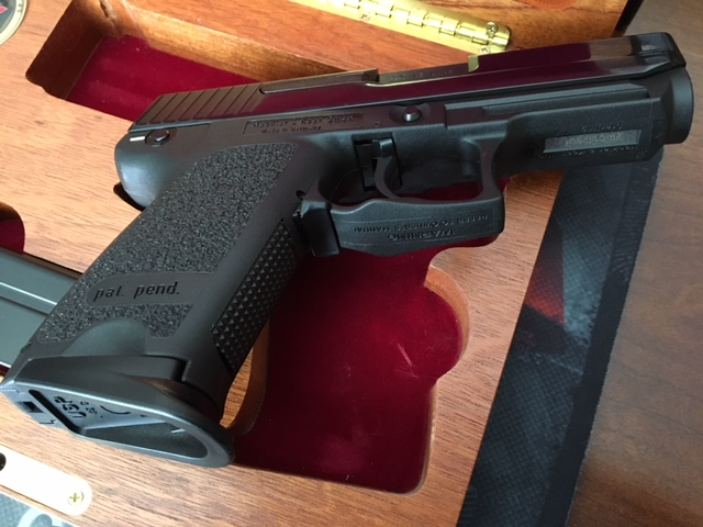 SOLD - HK 50th Anniversary .45 USP Compact NEVER FIRED 1 of 1000-img_1197.jpg