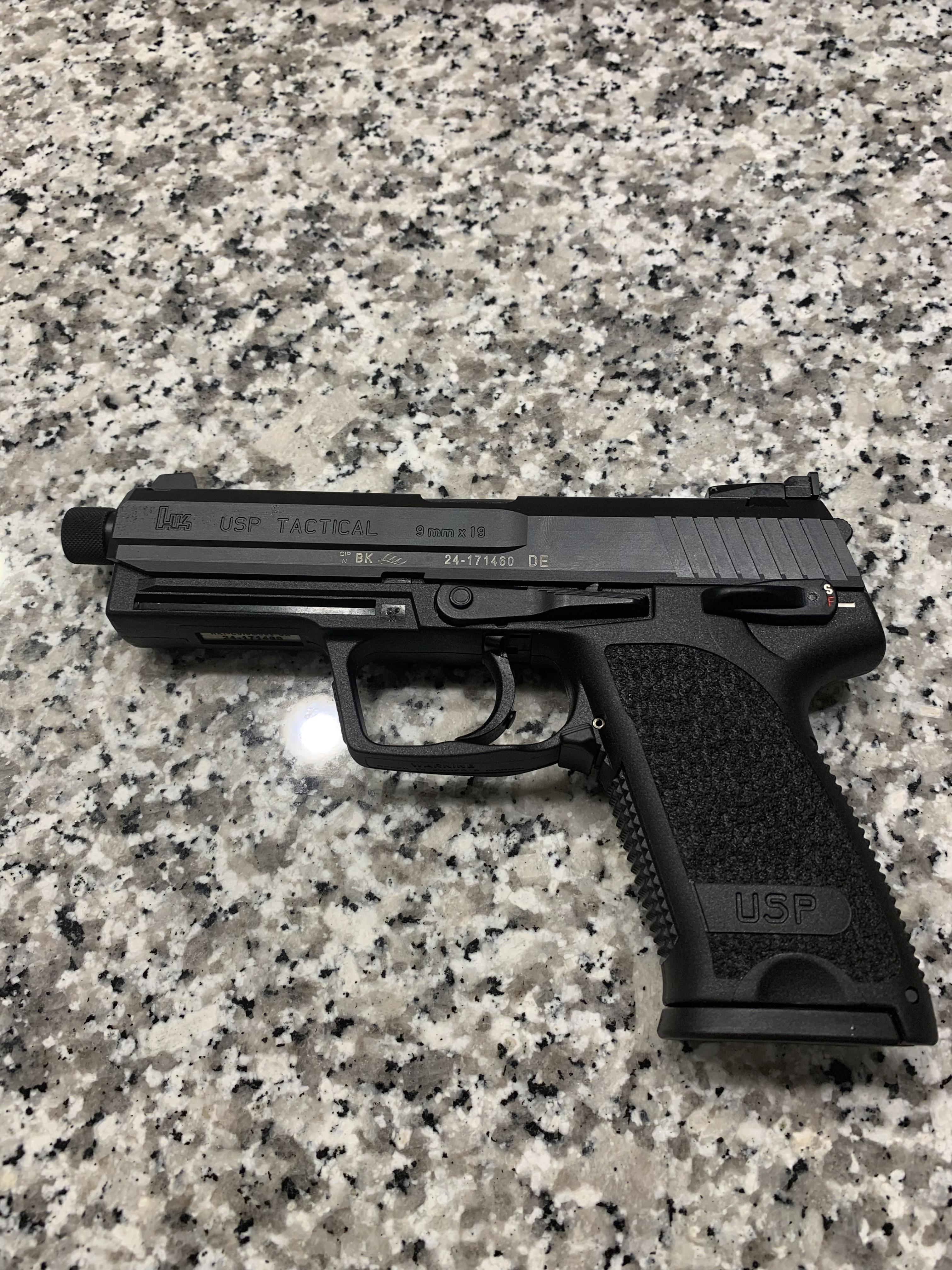 Went to the gun show and bought two USPs-img_2543.jpg