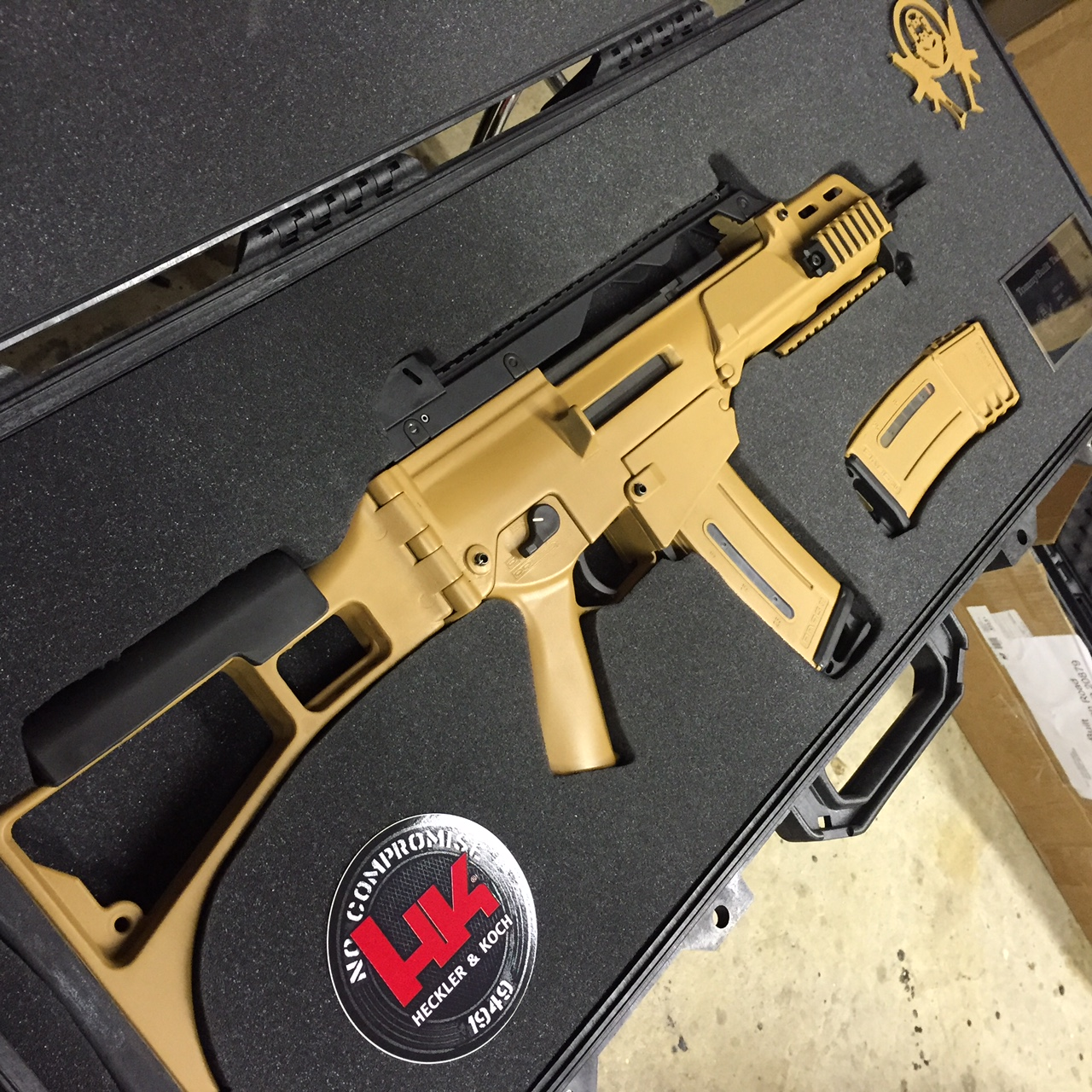 WTS G36C clone build in RAL-8000-img_5450.jpg