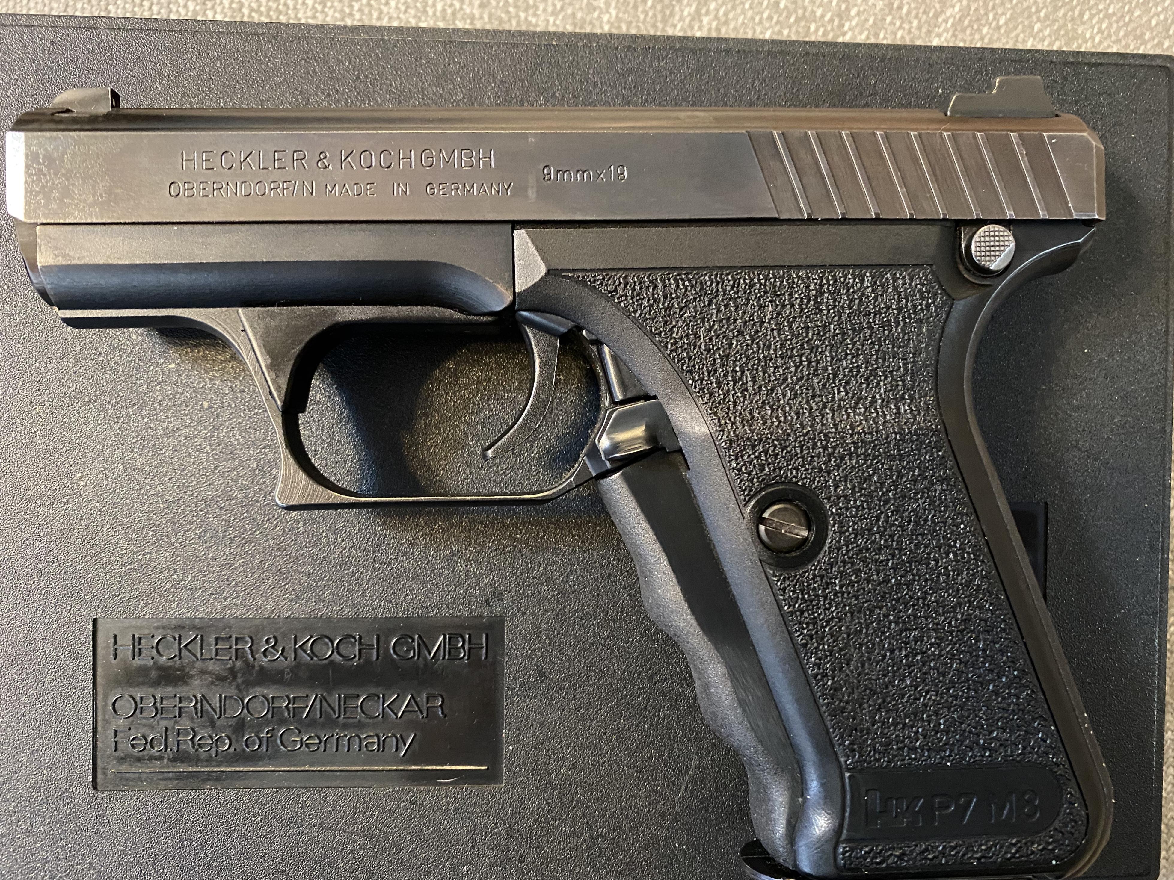 HK P7M8 Gun show find-img_9169.jpg