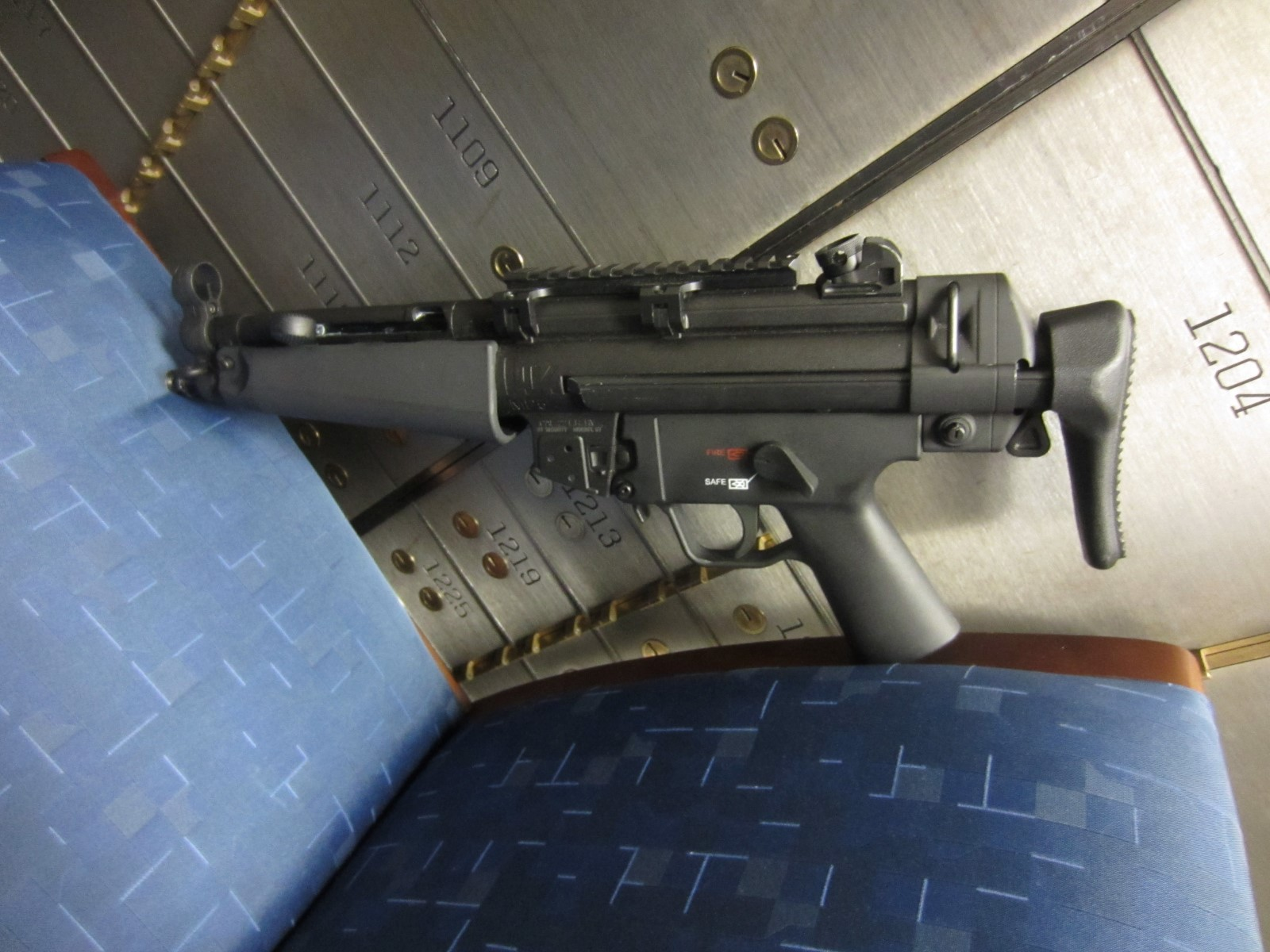 HOW-TO: Convert Umarex MP5 SD -> A5 and SBR the Umarex MP5 A5-pic8.jpg