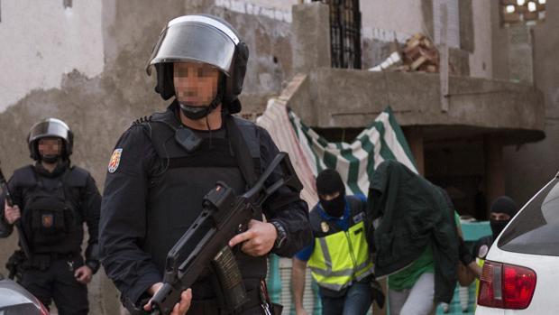 More HK in Spain-policia-uip.jpg